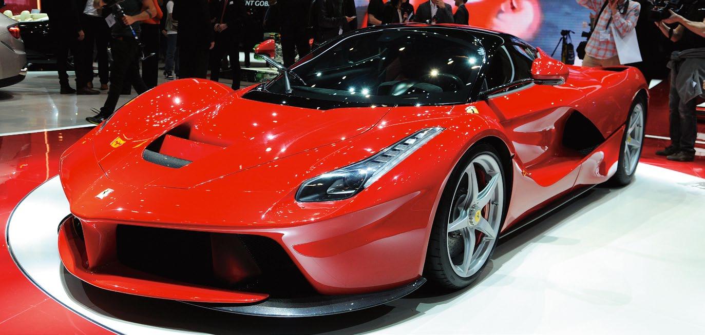 Ferrari отбирает деньги у богатых и отдаёт бедным, но редко