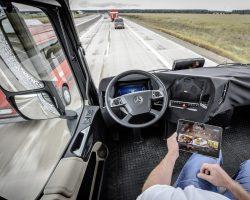 Беспилотные грузовики скоро появятся на российских дорогах, пока только на двух