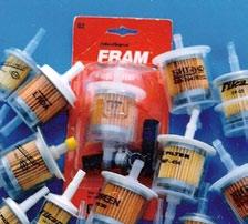Фото пластмассовых топливных фильтров 1997 г., с которых начался экспортный успех «БИГ Фильтр»