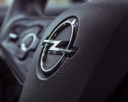 Opel выводит на рынок электрический Combo-e