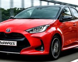 Toyota Yaris европейский автомобиль 2021 года